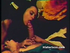 Cute Gipsy girl gives blowjob on vintage porn