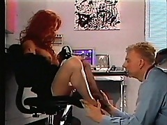 She gets her toes sucked by guy