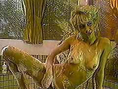 Showering seductress pussy fucked