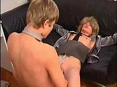 Guy finds himself a MILF
