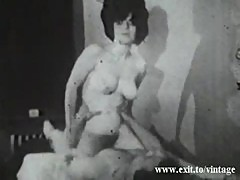 Amateur porn from 1930 with hairy housewife